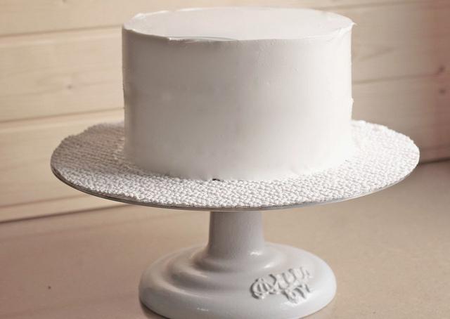 ¿CÓMO SE RELLENA Y SE CUBRE UN LAYER CAKE?