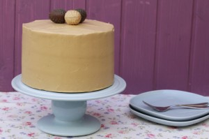 BROWN SUGAR & CARAMEL CAKE