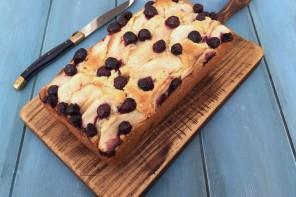 Apple & Blueberry Loaf