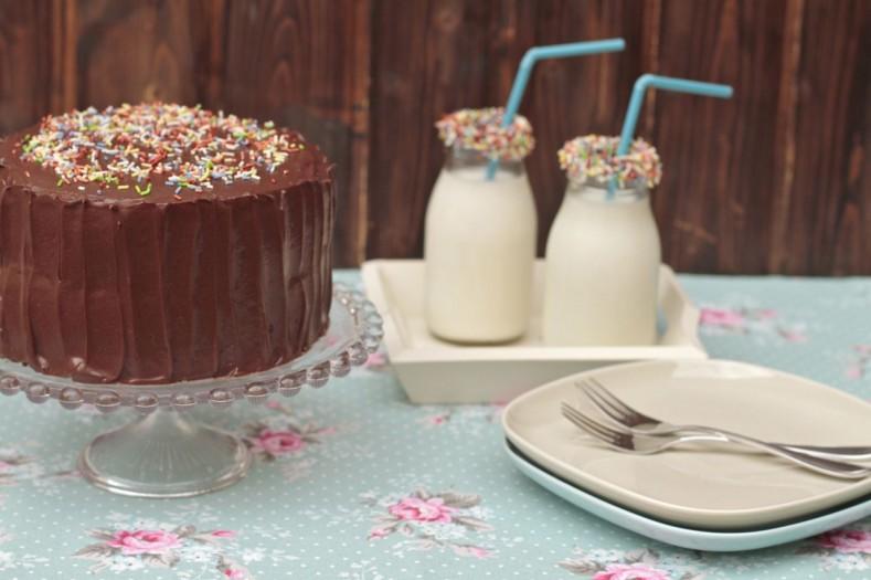 Una tarta rapidísima de preparar, con ingredientes que seguro tienes en casa y que te sacará de cualquier compromiso.